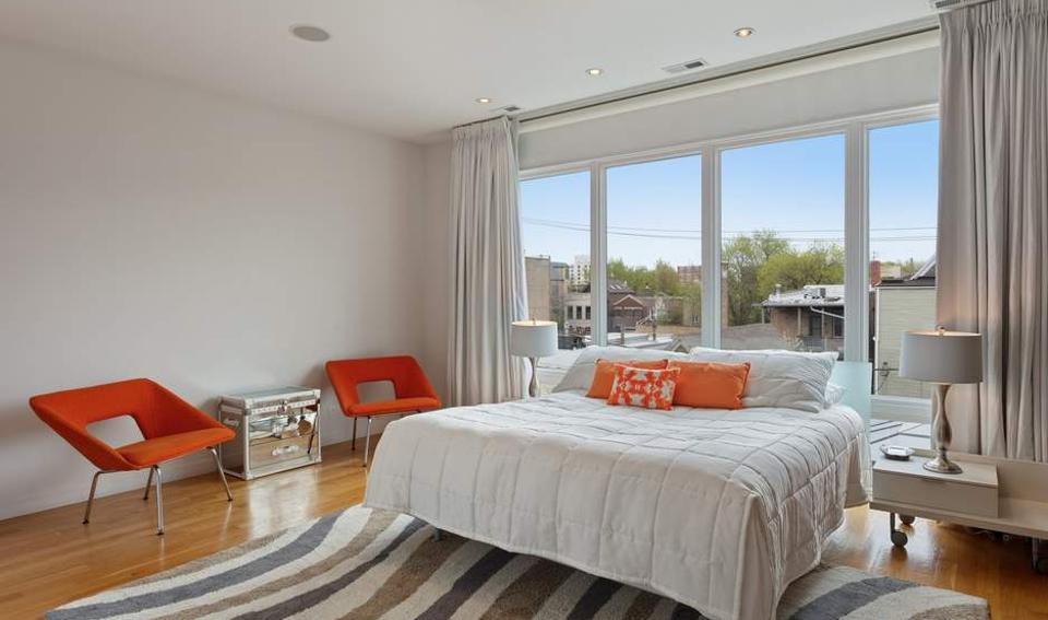 Ozzie Guillen master bedroom