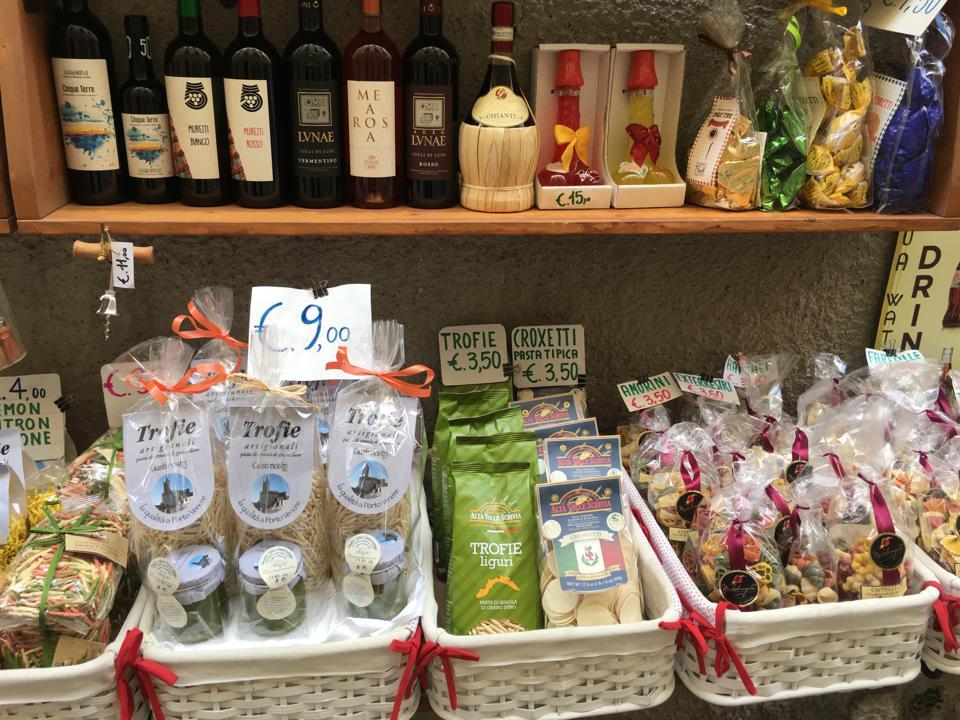 A shop on the Via Capellini in Portovenere.