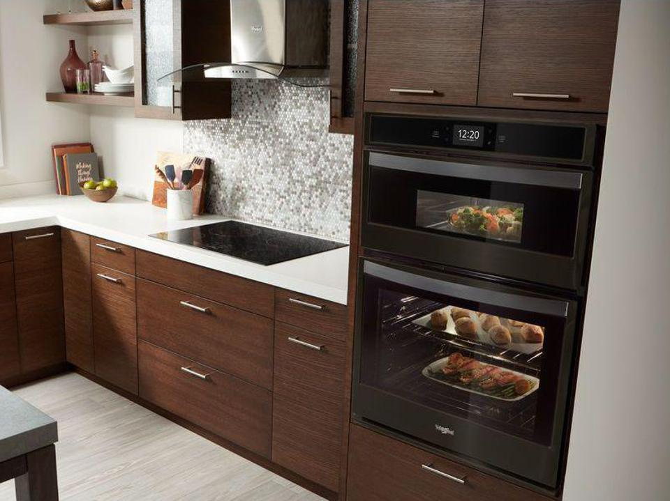 Whirlpool WOC75EC7HV 27 in. Electric Smart Combination Wall Oven with Touchscreen in Fingerprint Resistant Black Stainless