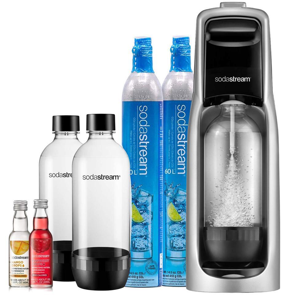 SodaStream Jet Sparkling Water Maker Bundle
