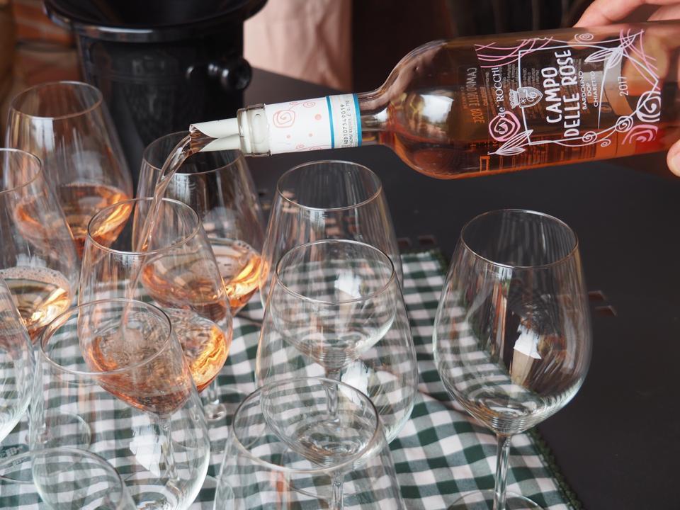 Chiaretto Poured Into Glasses