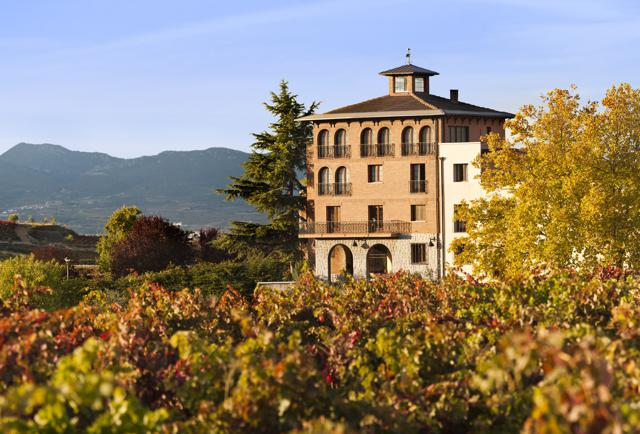 Spanish Wine Road Trip: 8 Stellar Wineries To Visit In Spain (And What To Drink At Each)