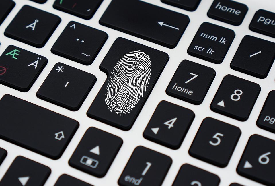 Keyboard with fingerprint