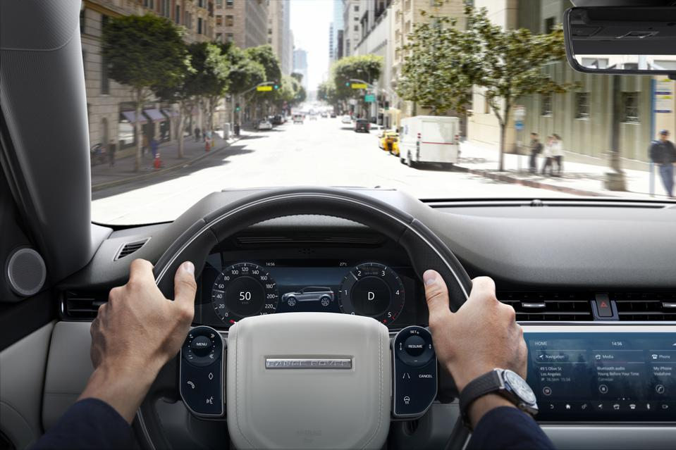 Range Rover Evoque Interior >> 2020 Range Rover Evoque Review Small Crossover Narrowly