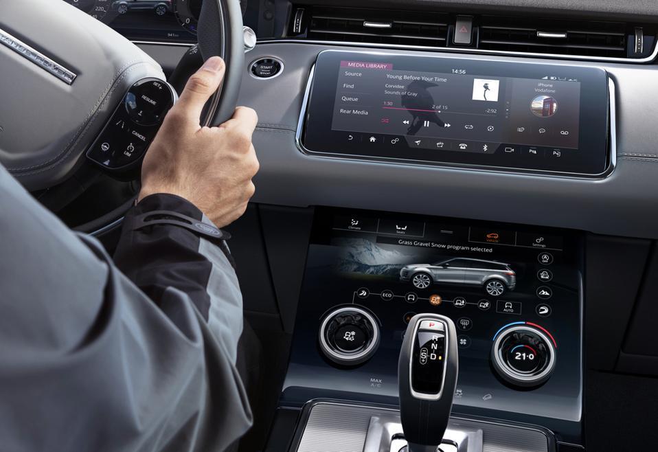 2020 Range Rover Evoque Review: Small Crossover Narrowly