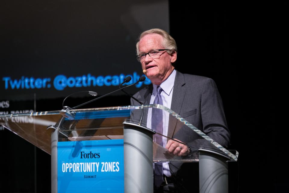 Jim Sorenson speaking at the Forbes OZ Summit in Newark.