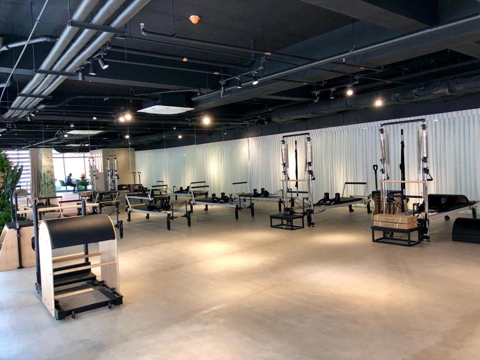 The vast space at Fit To Live dedicated to contemporary Pilates and other workouts that promote mindful movement and wellbeing.