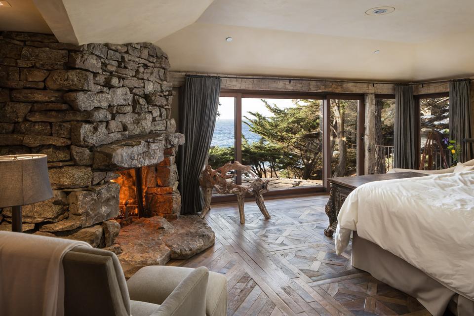 SevenCovesCarmel NorthCottage Bedroom
