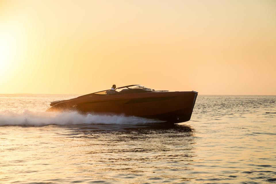 What Is The Secret Behind Leading British Luxury Yacht Maker