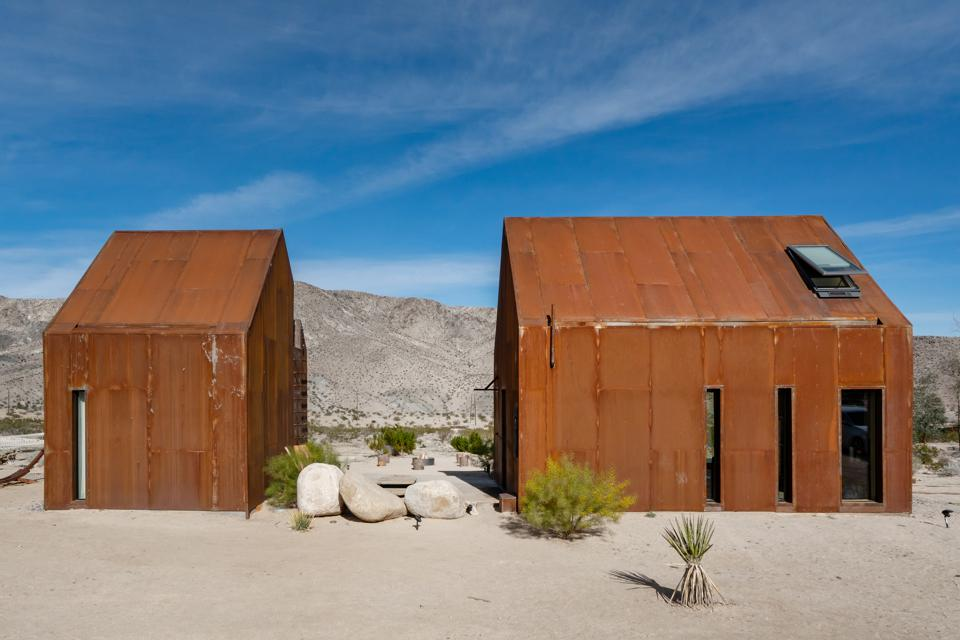 Airbnb Architect's Off-Grid Stargazing Cabin