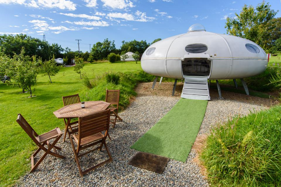 UFO Airbnb Residence