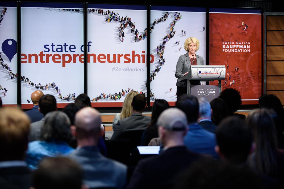 Wendy Guillies speaking at the Kauffman Foundation's 2018 State of Entrepreneurship