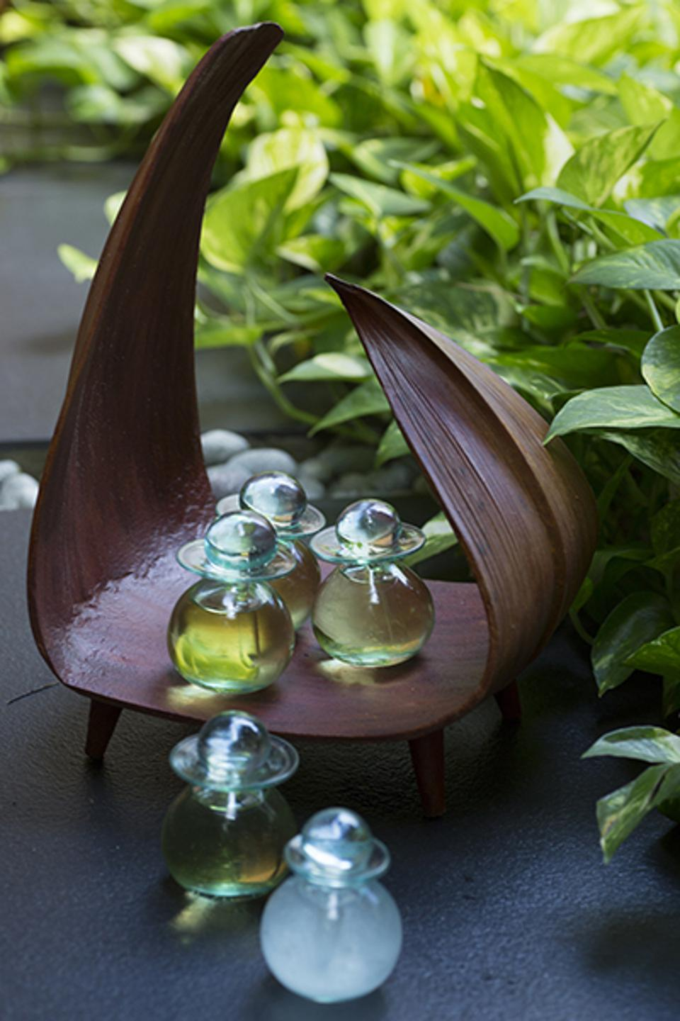 Naturally derived oils and essences for Asian and African inspired rituals