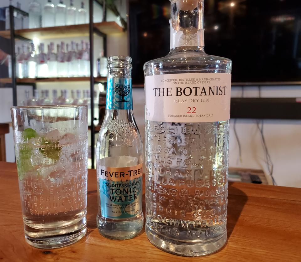 The Botanist Gin - the first and only dry style-gin made in Islay