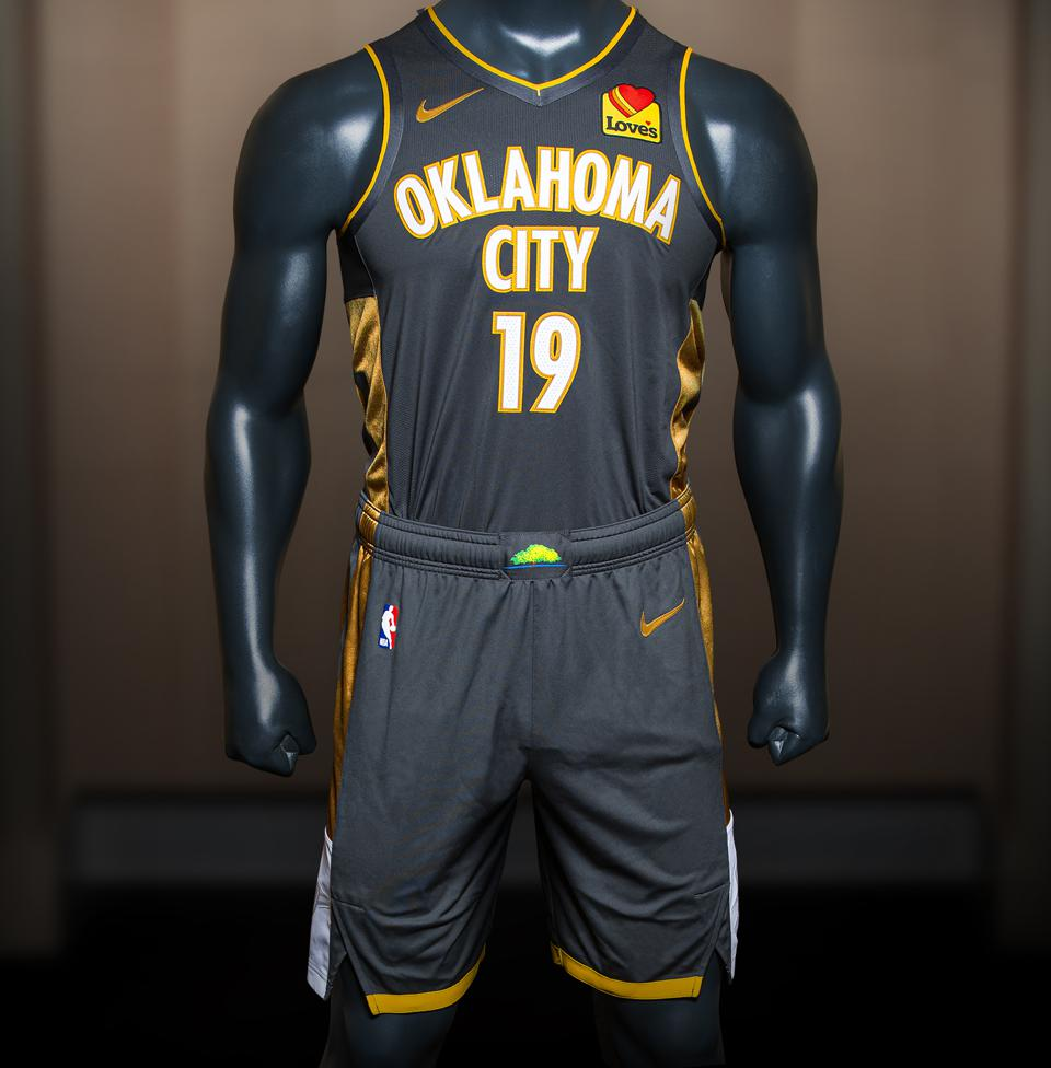 watch 1ab06 fa9ca Oklahoma City Thunder Unveil New 2019-20 Uniform Kit