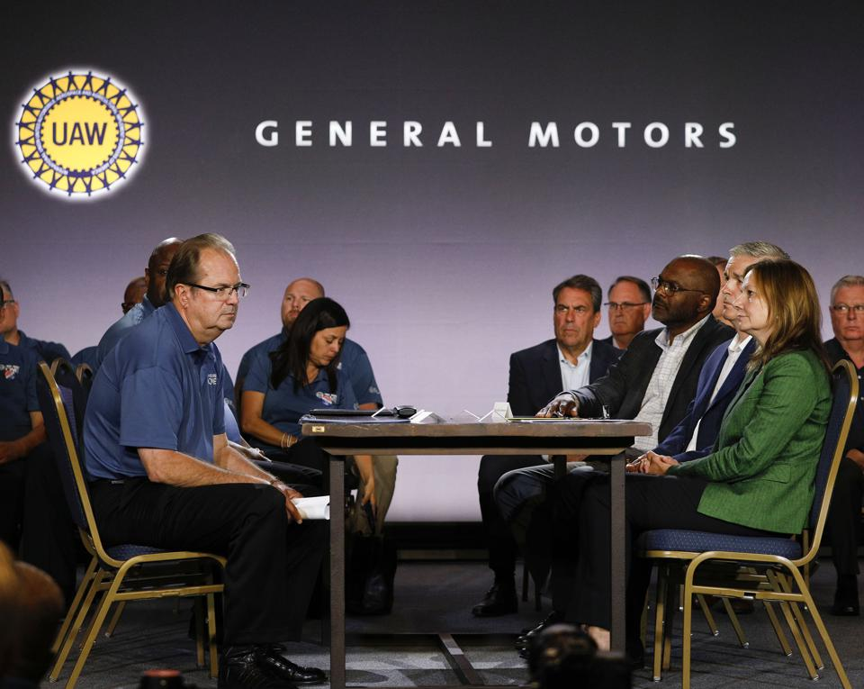 UAW Contract Talks Will Likely Avoid Detroit Three's New