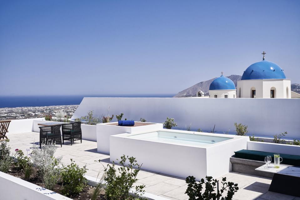 Katikies Garden Senior Suite with sea view