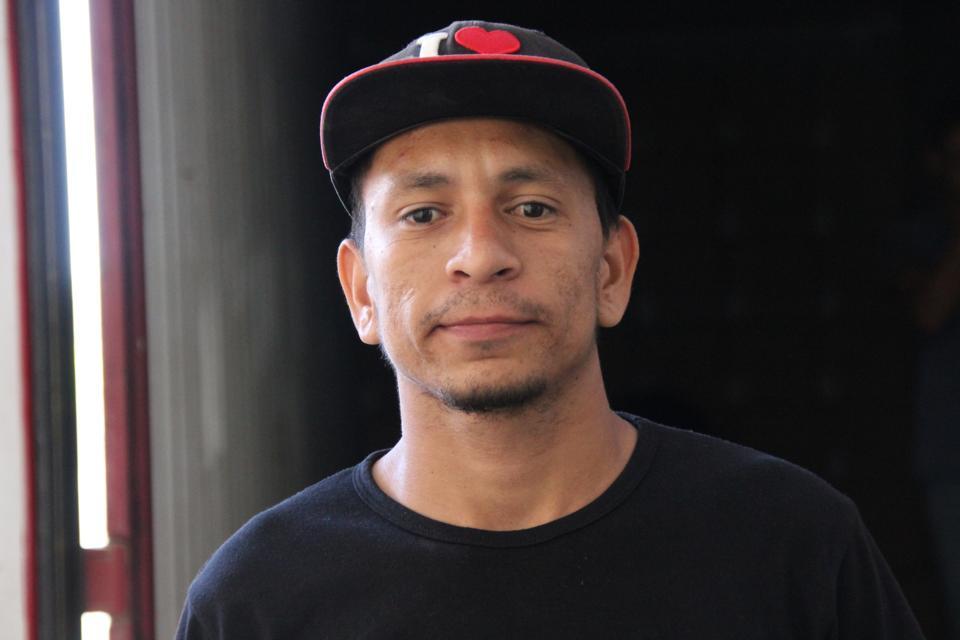 Headshot of Jairo Mendoza.