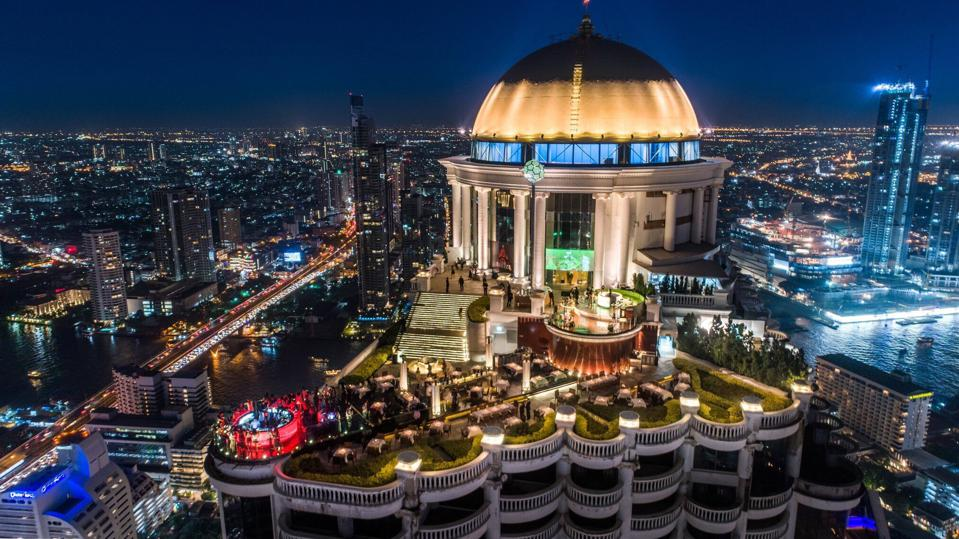 Restaurants and bars overlooking Bangkok