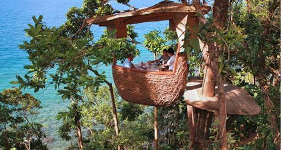 Treepod dining in Thailand.