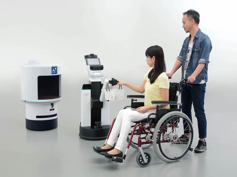 Toyota's Tokyo 2020 HSR and DSR robots will directly assist attendees with limited mobility