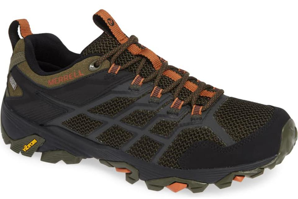 Merrell Moab FST 2 provides excellent foot support.