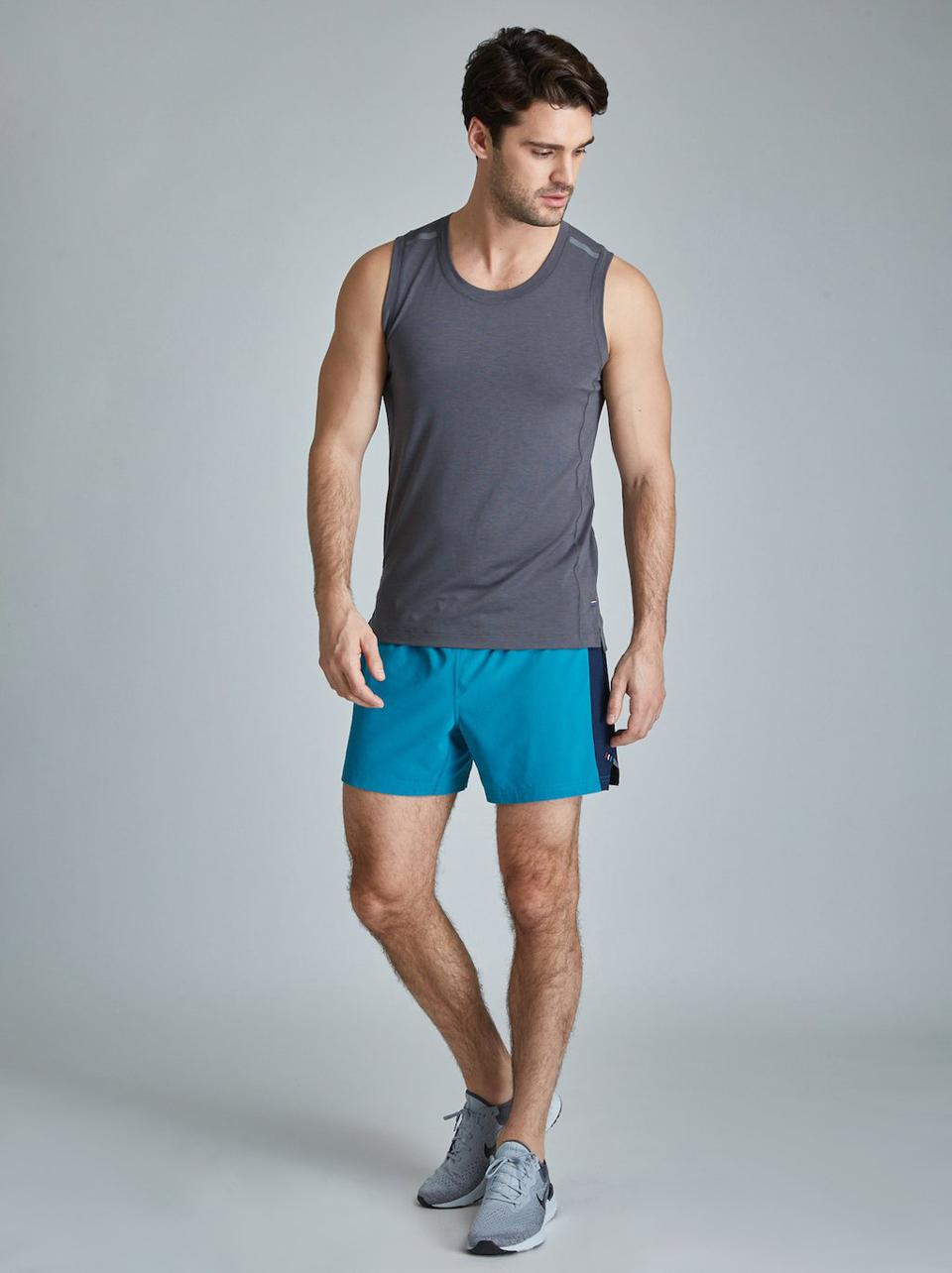 Fourlaps Extend Short & Level Tee