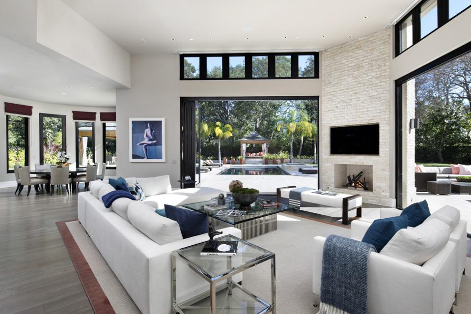 A home staged by Meredith Baer Home in Silicon Valley
