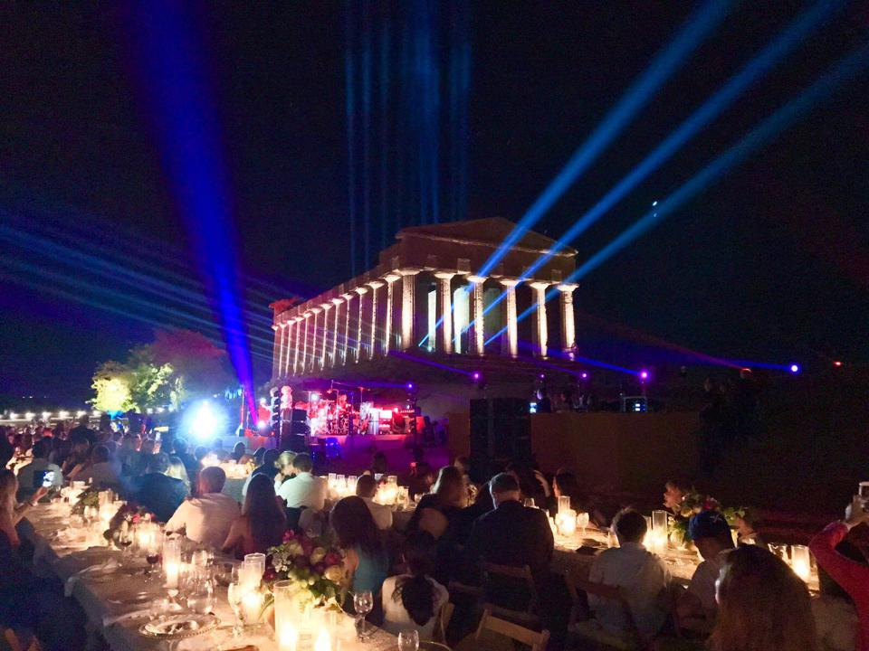 Private concert and dinner at the ruins