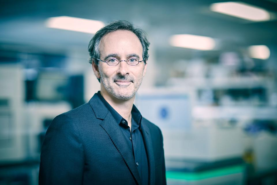 Eric Lefkofsky, founder of Groupon and Tempus, wants to bring AI to cancer medicine