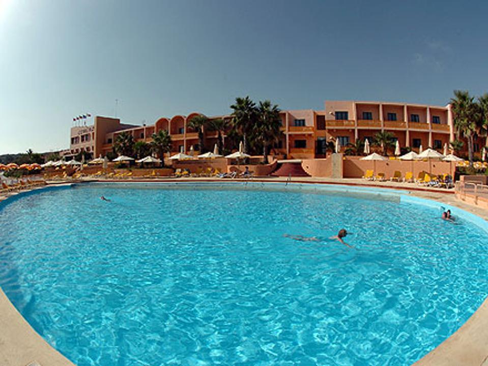 Camino Hotel
