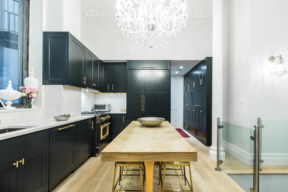 New York Metro kitchen remodeled by Sweeten.