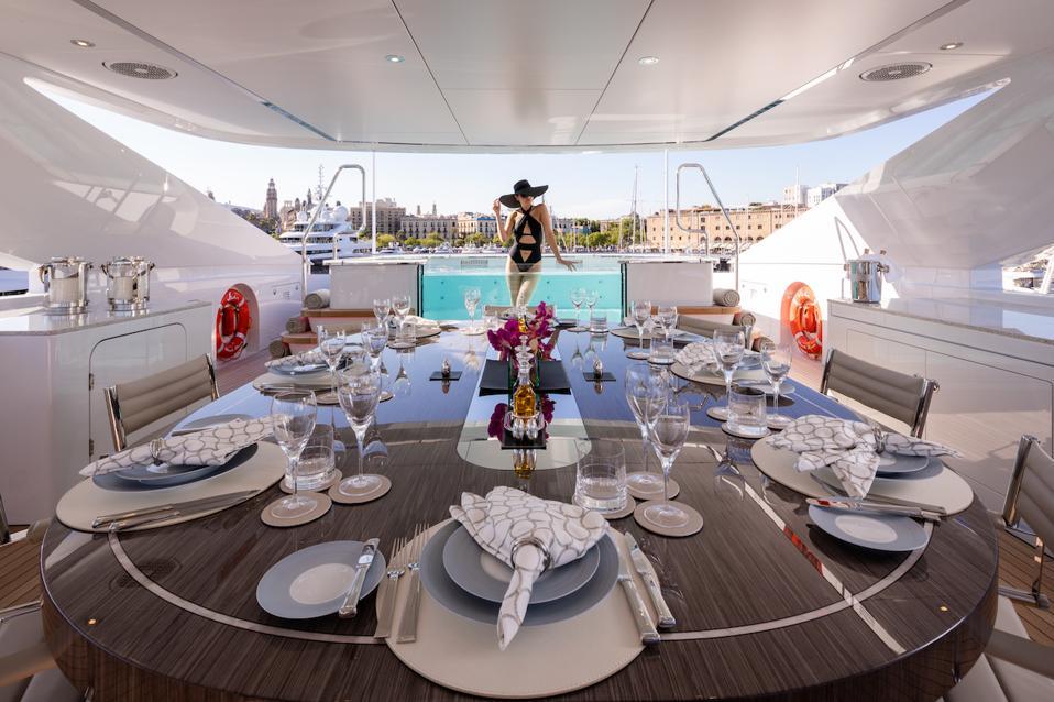 Exclusive photo of the on deck hot tub aboard the 180-foot-loog Heesen Vida.