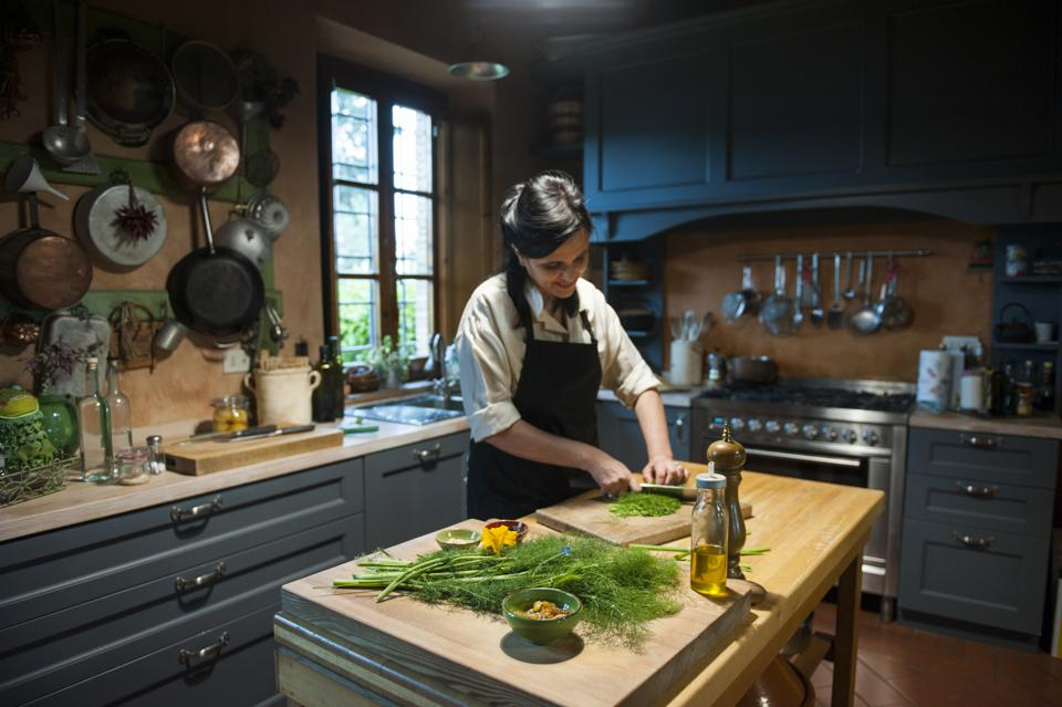 Foraging For Wild Ingredients Is The Height of Italian Gastronomy