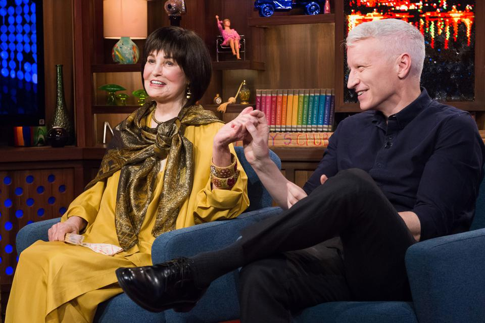 Gloria-Vanderbilt-and-Anderson-Cooper-by-Charles-Sykes-NBCU-Getty-Images