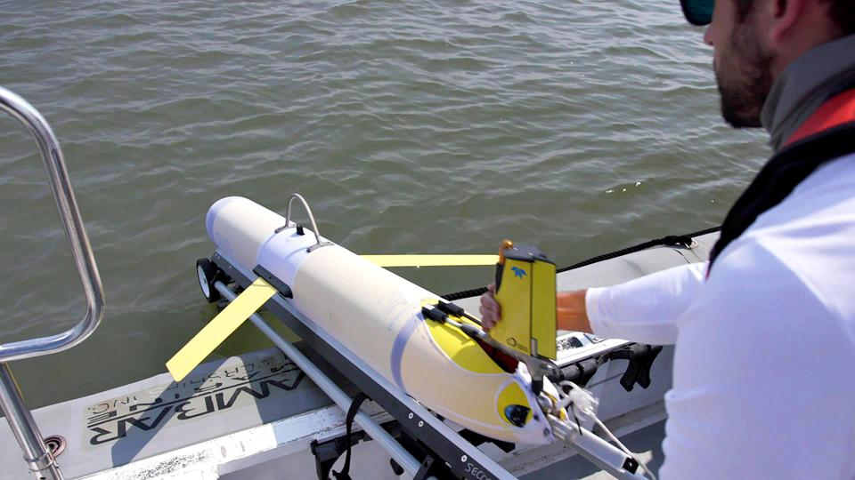 A robotic glider could revolutionize hurricane forecasts.