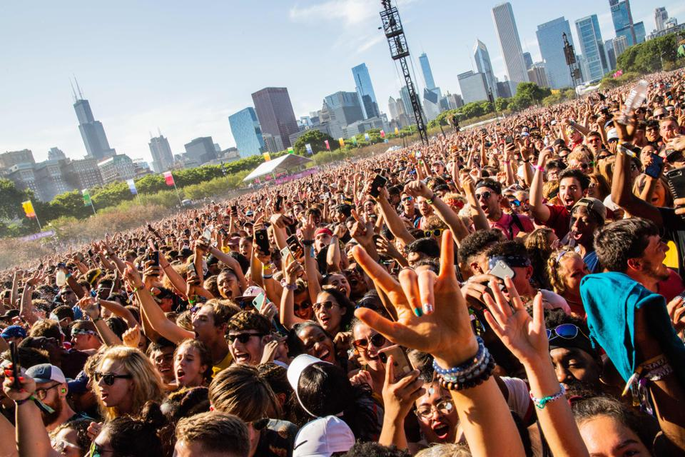 "There's More Than Music At Lollapalooza: Inside ""Your Selfie As A Drink,""  The Skate Rink And Social Justice Row"