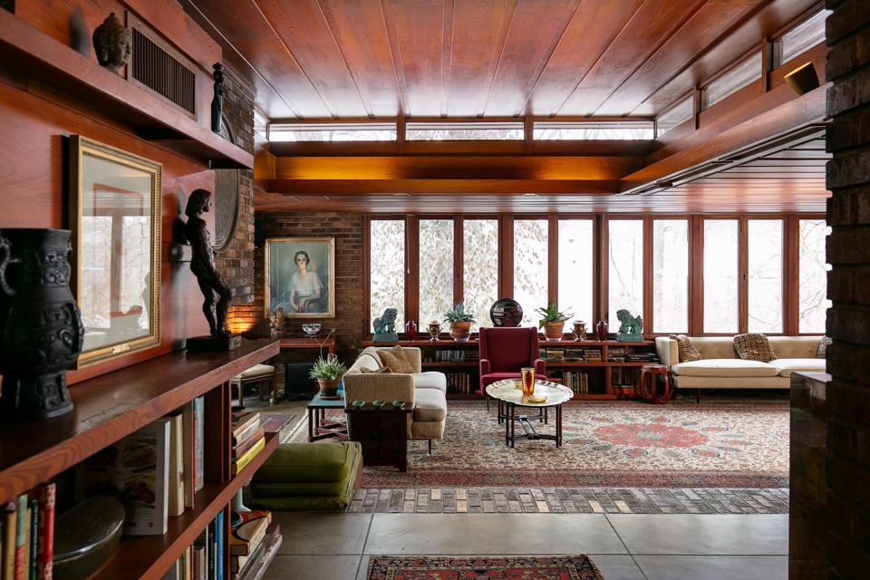 Wright's built-in shelves