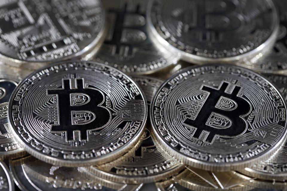 Electronic currencies, such as BitCoin and Ethereum, rank high in their ability to guarantee uniqueness, but are struggling with exchangeability and are still very heavily influenced by speculators, making them less than ideal for stable currencies.