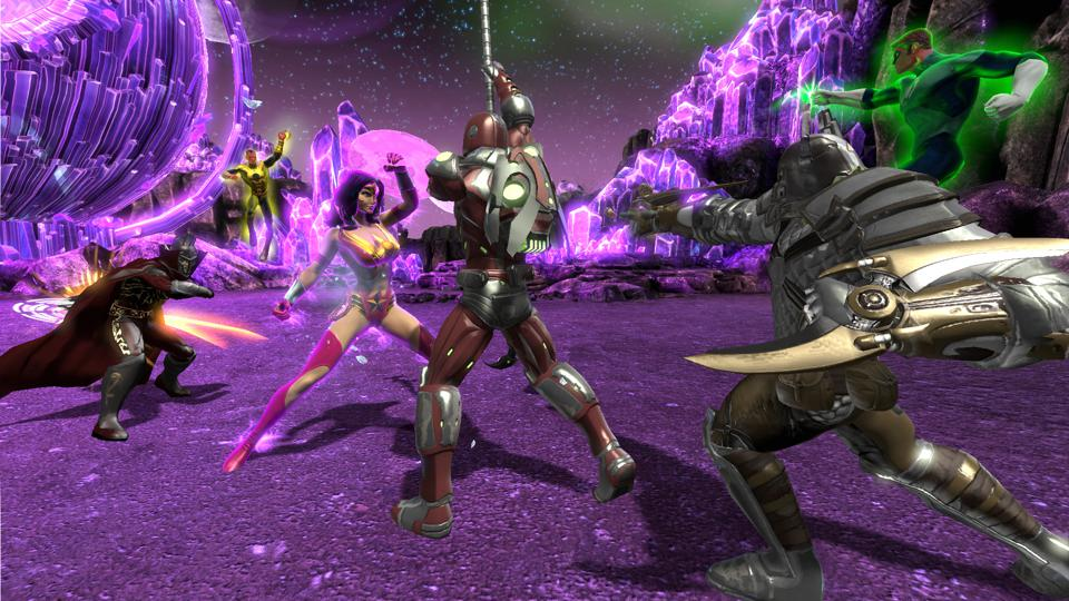 Wonder Woman, Green Lantern, and other heroes wage war against powerful villains DCUO