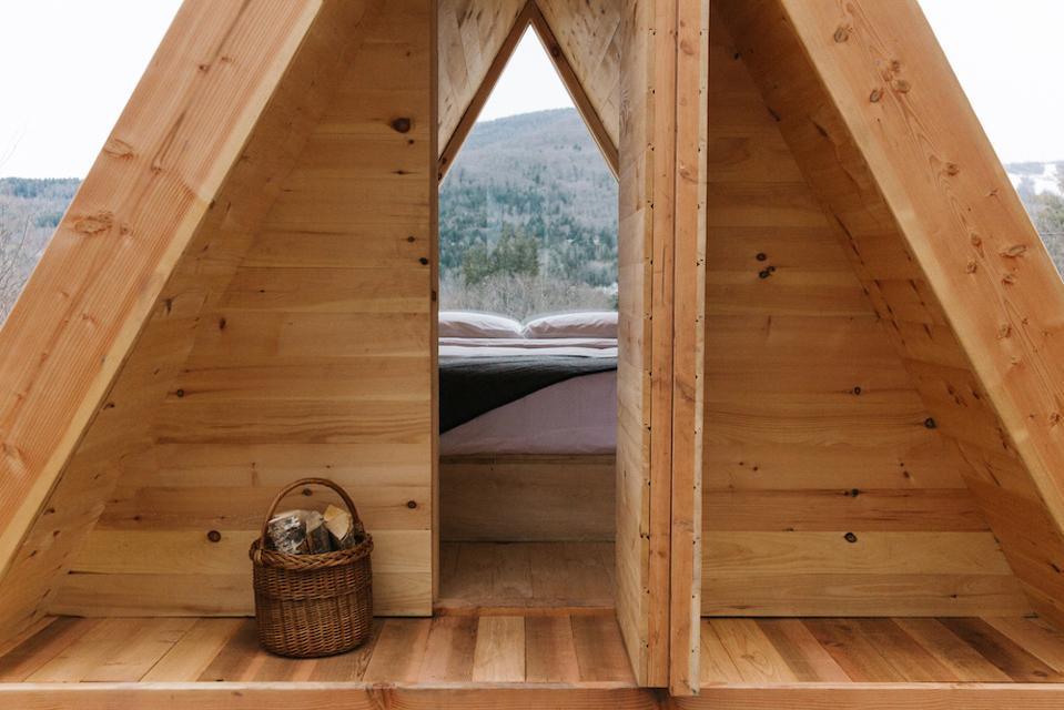 Eastwind Lushna Cabin