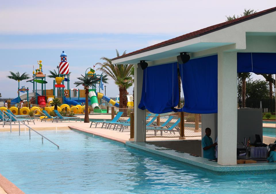 Oasis Resort for beach vacations and business travelers alike on Mississippi Gulf Coast
