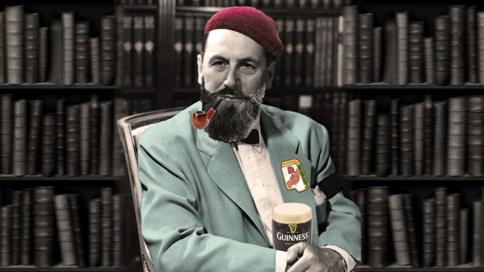 General Juan Domingo Perón, smoking a pipe and drinking a Guinness.