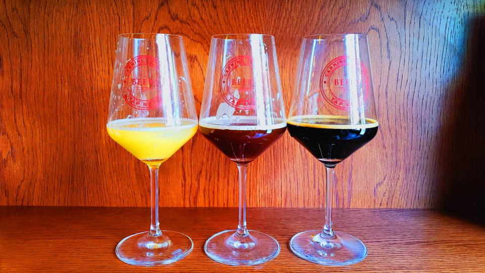 The ″control″ wine glasses used were 16oz. red wine glasses that were manufactured by Rastal