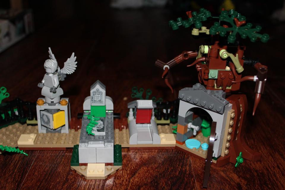 lego graveyard hidden side