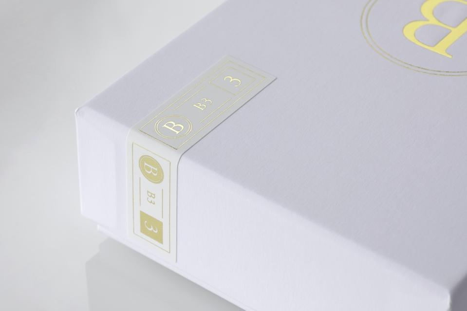 B3 box