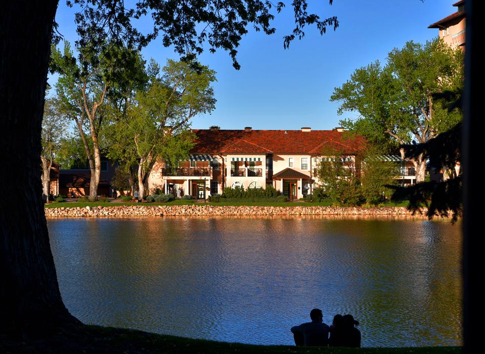 The living is easy at the Broadmoor