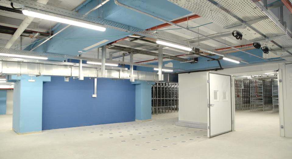 Chiller & ambient area in the world's first underground fully automated warehouse
