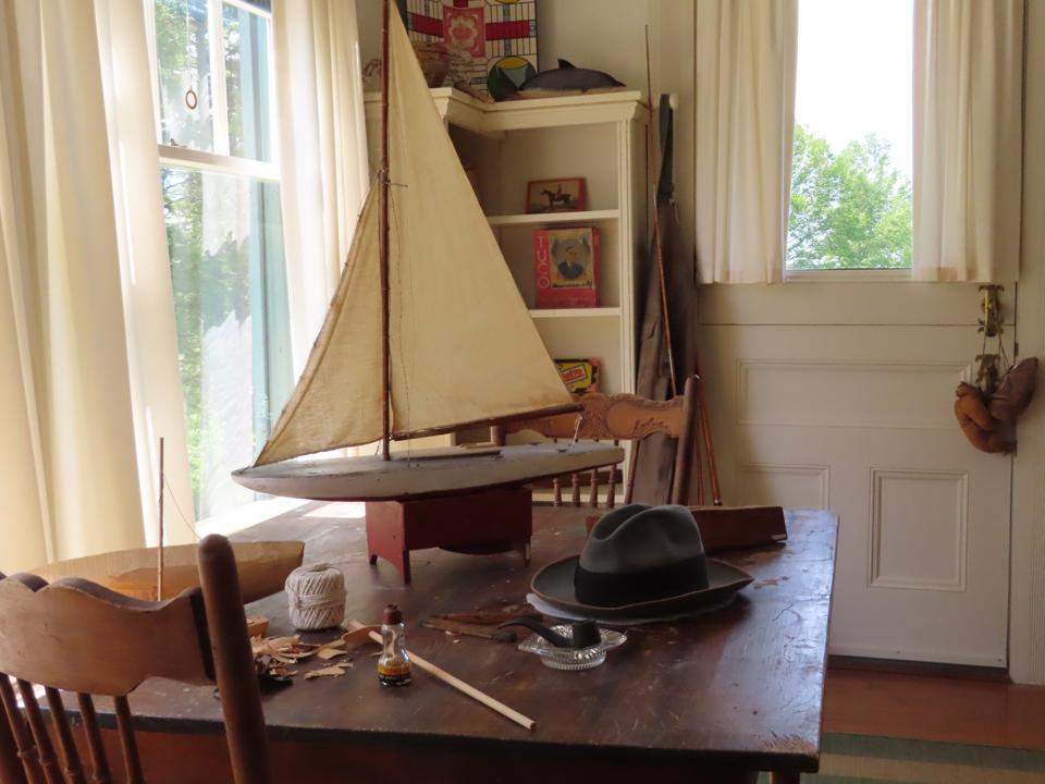 Roosevelt Cottage Living Room