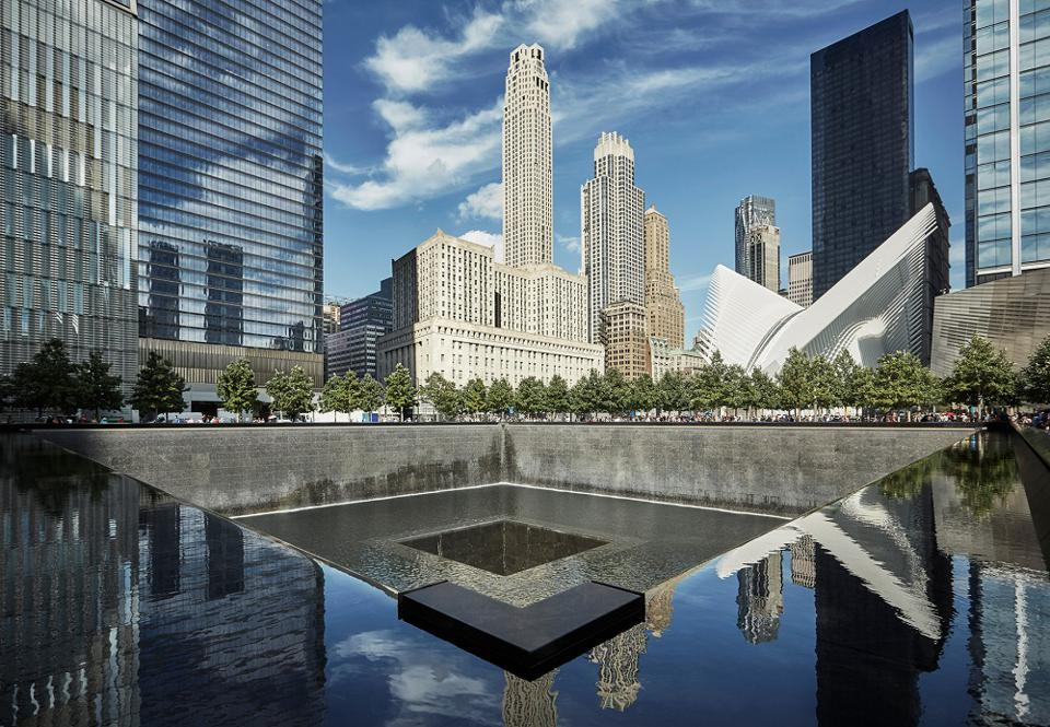 The Four Seasons New York Downtown Is A Great Choice For Business Or Pleasure Here S Why